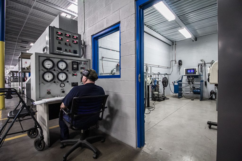 Calibrating test stand prior to high speed rotational component test